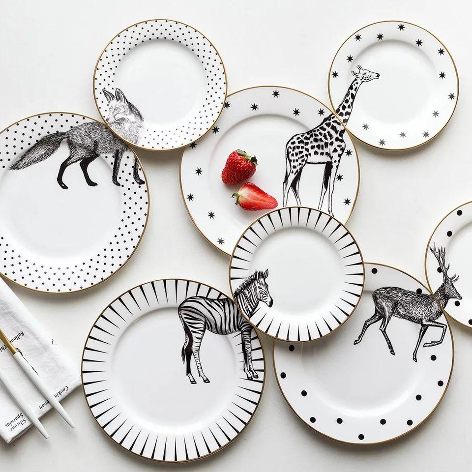 2 Pcs 6 And 8 Inch Animal Design Round Bone China Plate Tableware Set Of 2 Ceramic Dinner Plate Zebra Giraffe Wo Animal Plates Ceramic Plates Patterned Plates