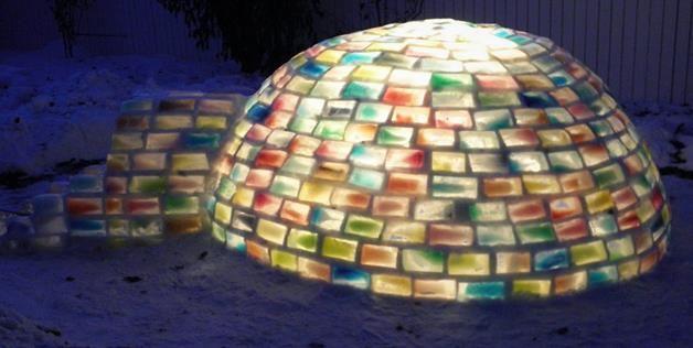 Colored igloo