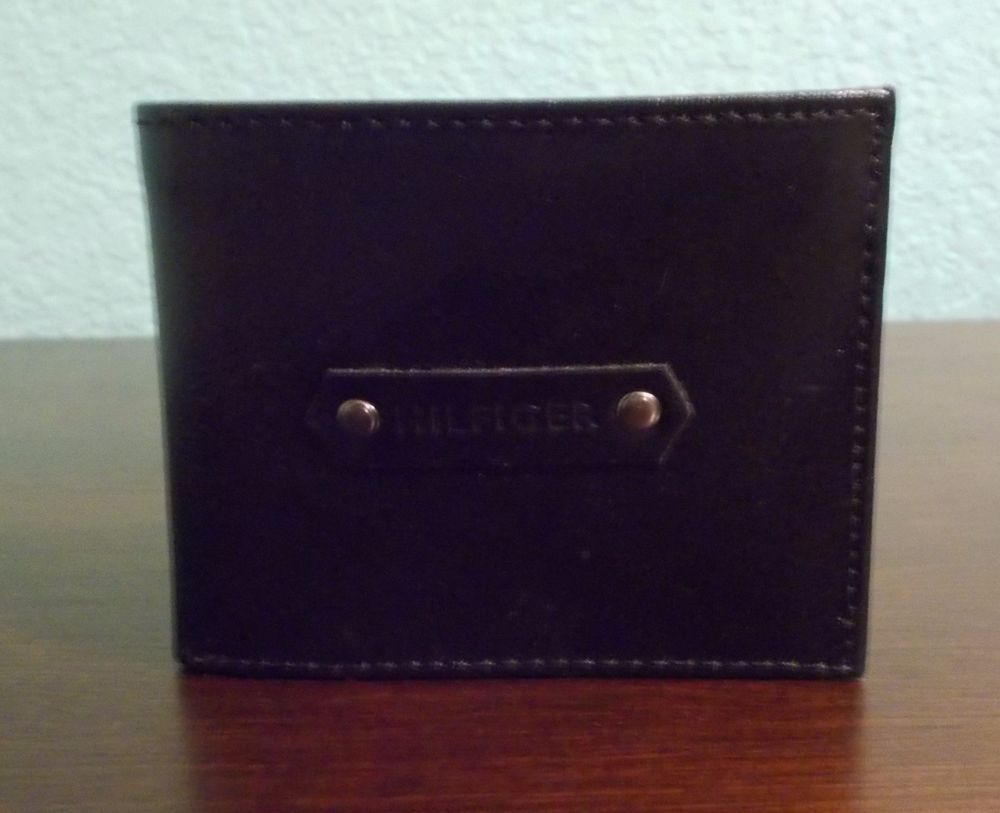 TOMMY HILFIGER LEATHER PASSCASE & VALET Mens Black Wallet Gift Boxed NWB #TommyHilfiger #Bifold