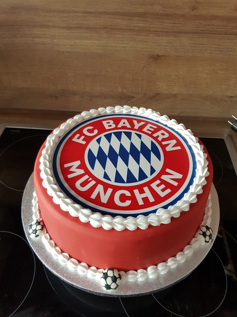 Fc Bayern Mnchen Torte Bolos Pinterest Bayern Cake And Food