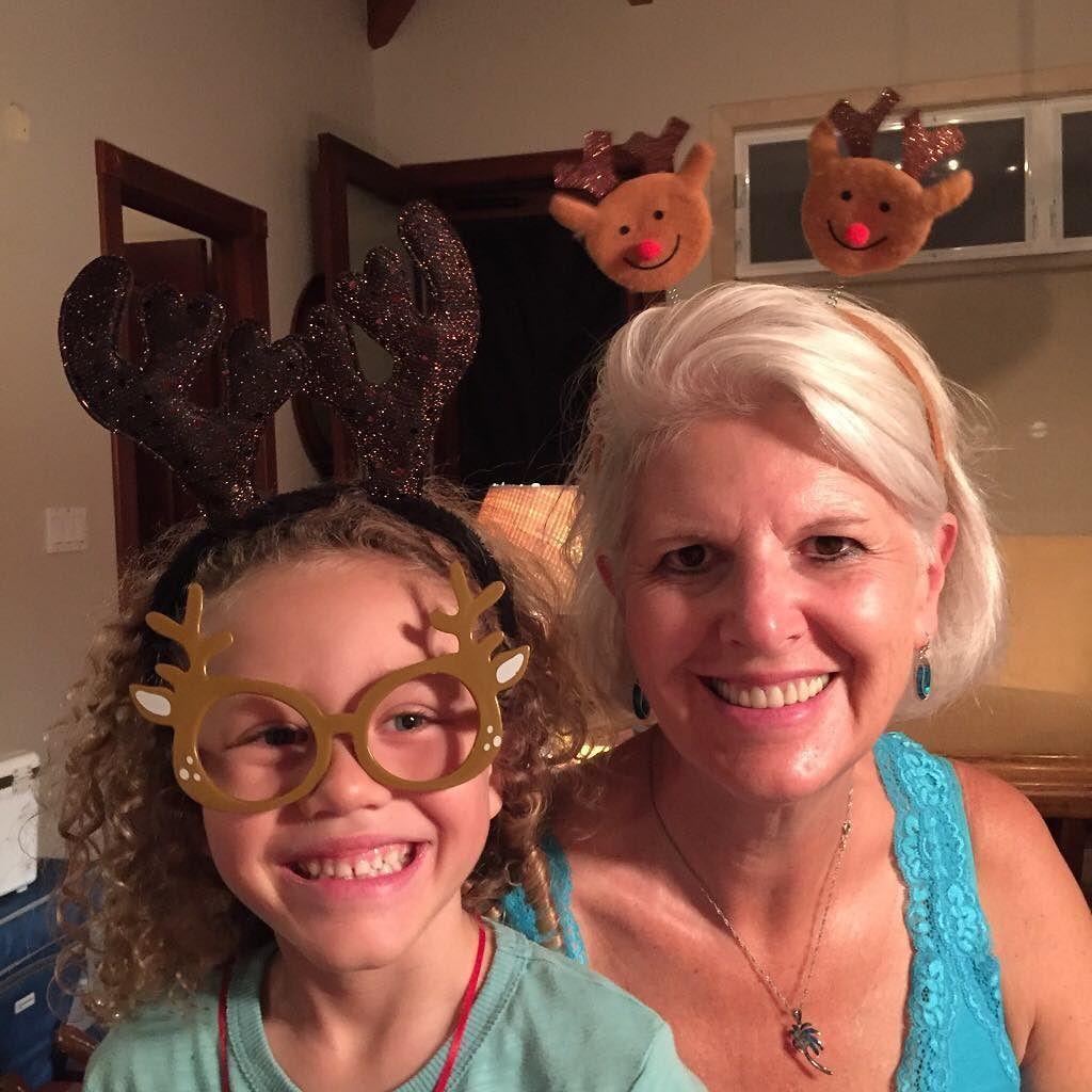 Christmas Vacation is off to a good start! #majorsxmas16 #laie #oahu #beachhouse #reindeer #grandma #didntgetrunoverbyareindeer