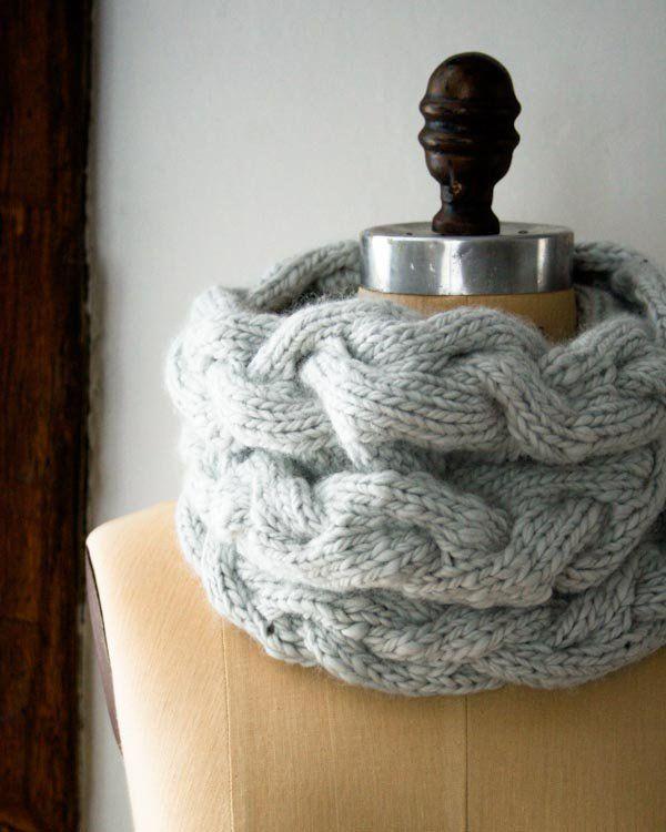 Braided Cable Cowl   Cuello gris   Pinterest   Gris y Tejido