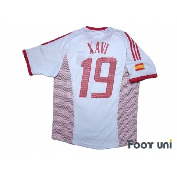 25d538a8682 Spain 2002 Away Shirt  19 Xavi - Online Store From Footuni Japan  spain