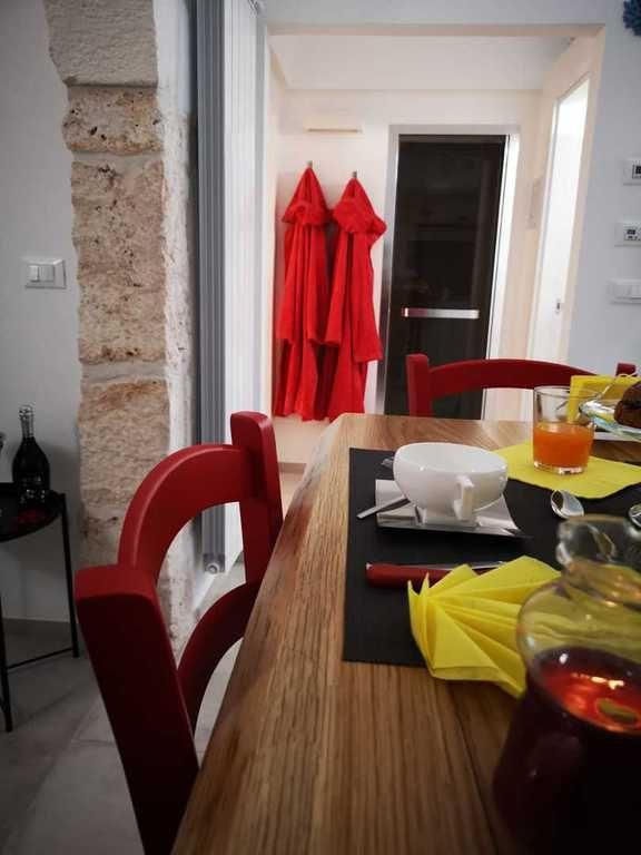 Suite & Pool Mazzini, Appartamento con piscina a Ostuni