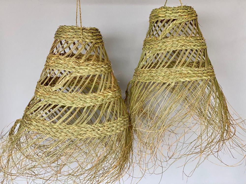 Suspension En Paille Boheme Luminaire Tresse En Osier Lustre Etsy Boho Ceiling Light Decorative Wicker Basket Wicker