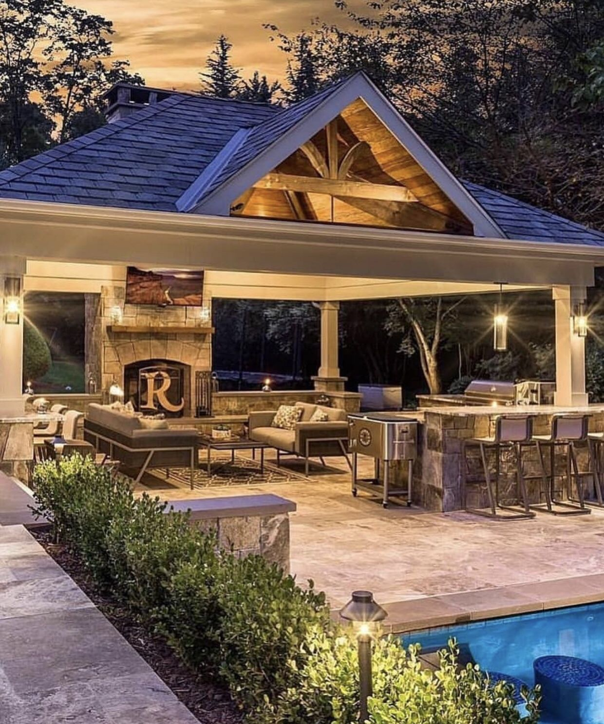 Outdoor Kitchen With Thatched Gazebo Outdoor In 2019: Pin By Chris Votaw On Pool Patio In 2019