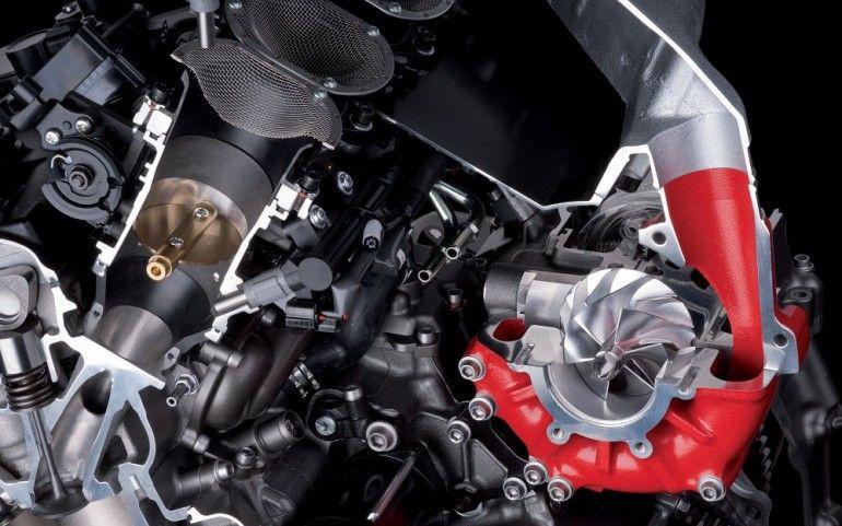 300HP Kawasaki Ninja H2R Engine Cutaway Showing Supercharger