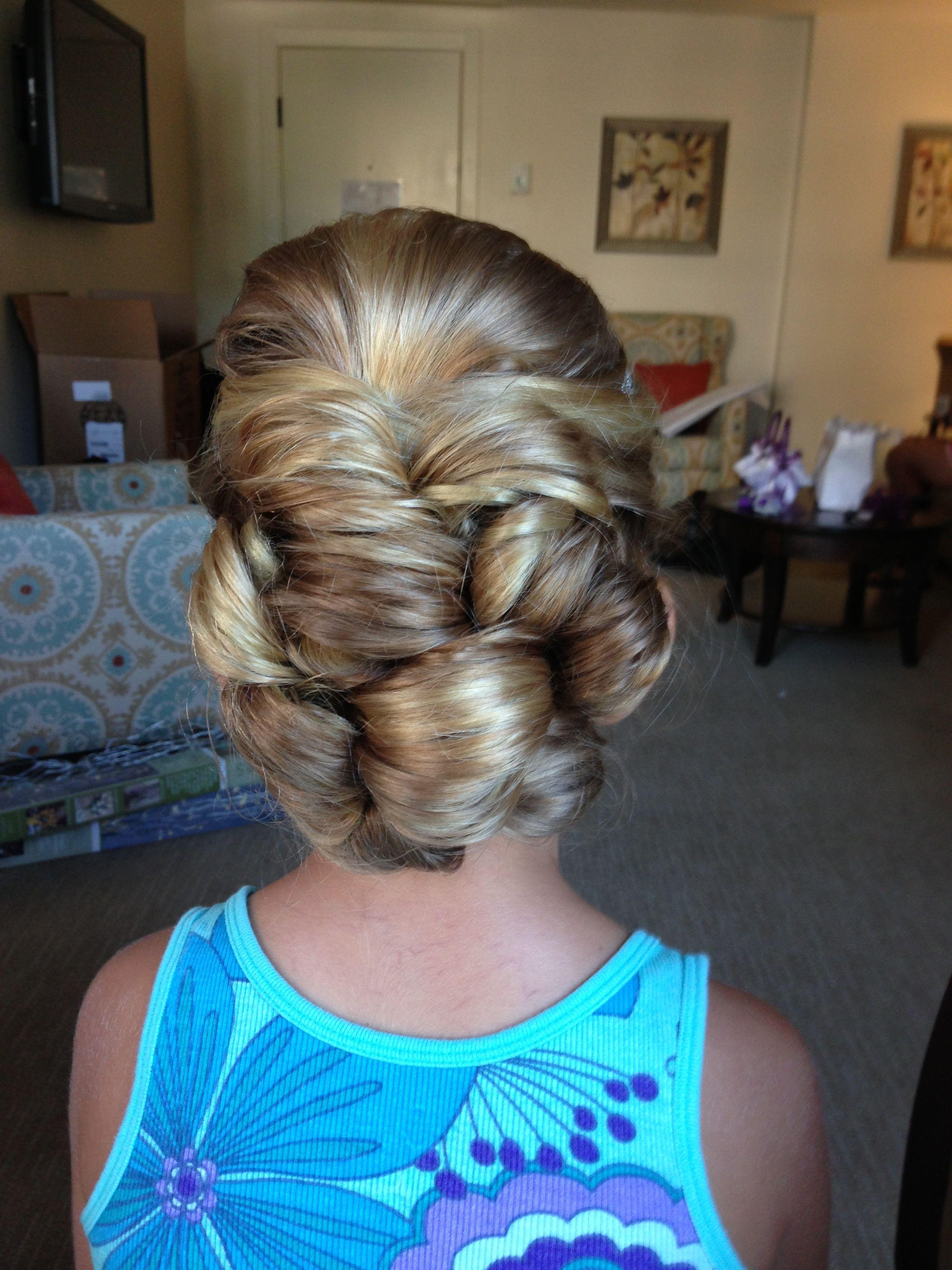 Flower girl hair hair ideas pinterest flower girl hair girl