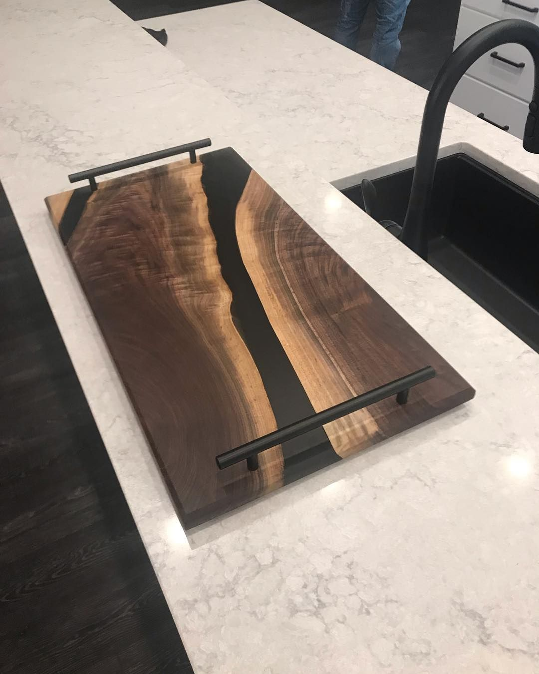 Here Is Another Modern Serving Tray That Black Just Makes Everything Pop Osmo Usa Ecopox Wood Resin Table Modern Serving Trays Modern Woodworking Projects [ 1350 x 1080 Pixel ]