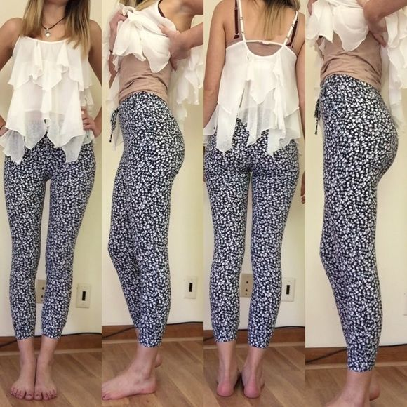Abercrombie Floral Printed Jogger Pants Good condition, as seen in pictures! Fast same or next day shipping! Open to offers but I don't negotiate in the comments so please use the offer button Abercrombie & Fitch Pants
