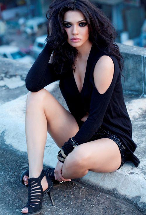 Hollywood Celebrities Sara Loren Spice Pakistani Actress -6526