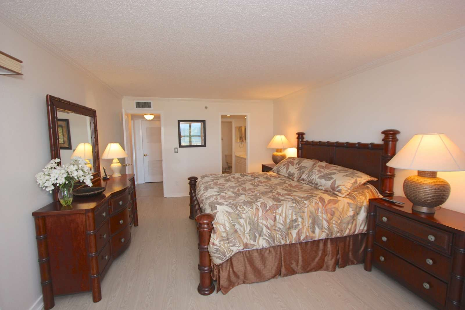 Indian Rocks Beach Vacation Al 206 Reflections On The Gulf Free Fun Condo Itrip Clearwater Itripvacations