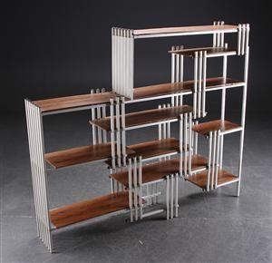 Vare: 2875380Reol af aluminium og imiteret palisander, dansk møbelproducent