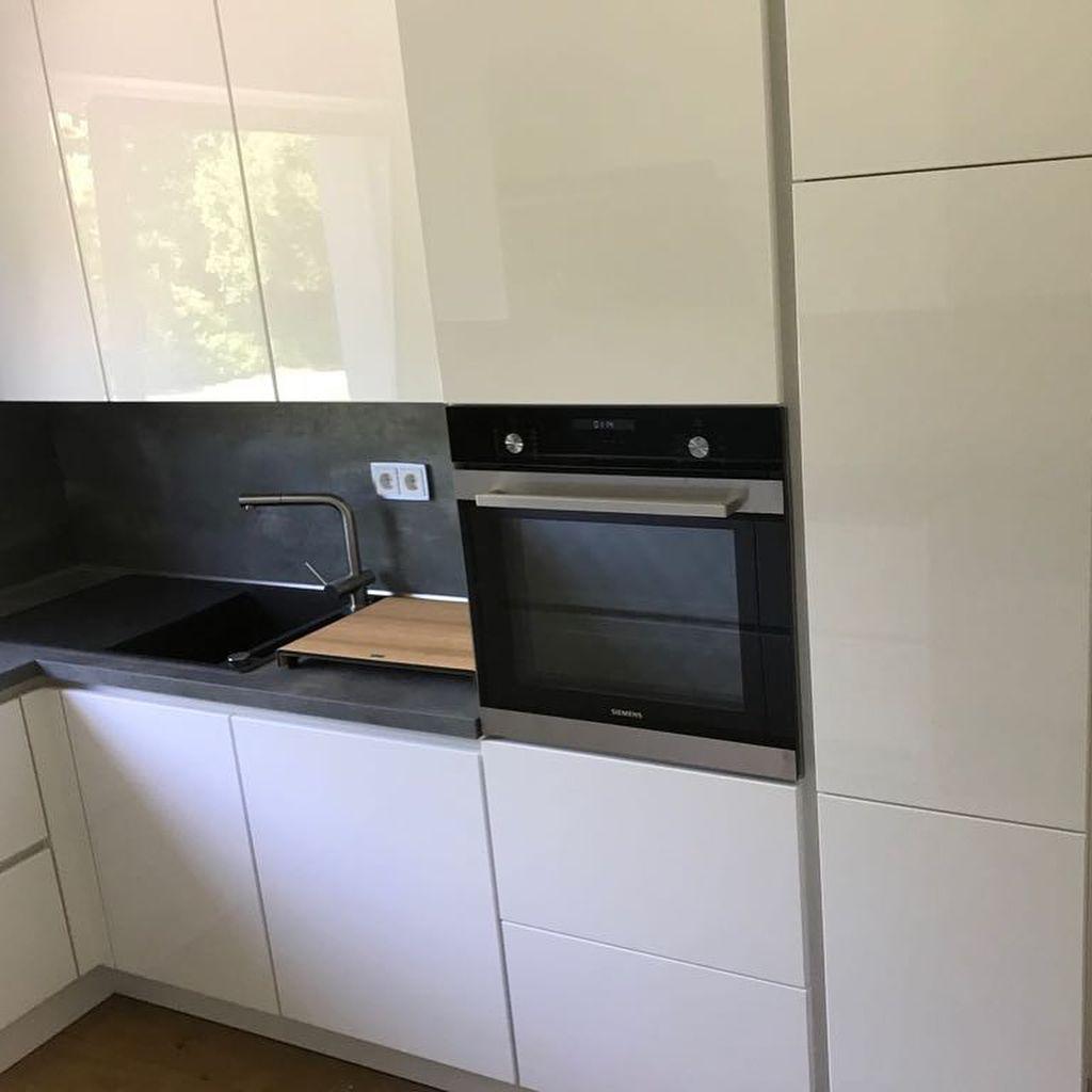 Bild könnte enthalten: Küche und Innenbereich (mit Bildern