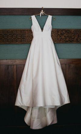 Carolina Herrera Mason 3 100 Size 4 Used Wedding Dresses