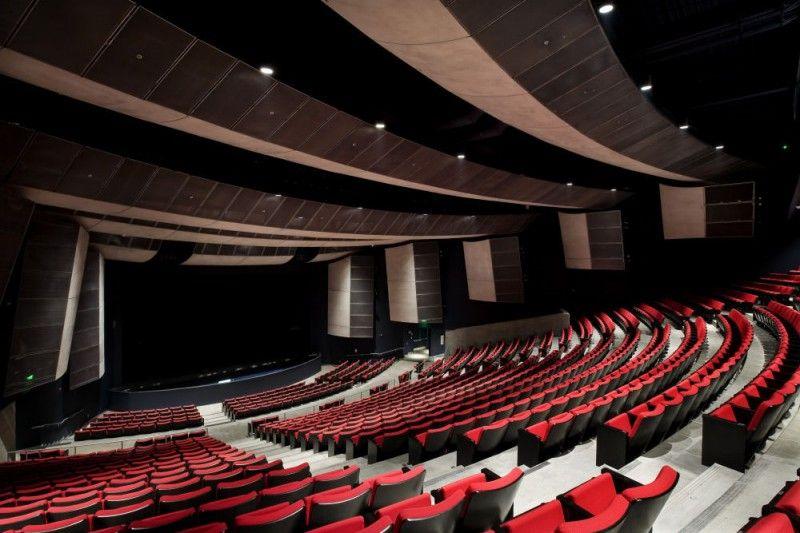 Central Los Angeles Area High School #9 Design Interior 3