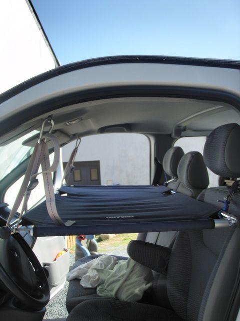 banquette lit avant avec fixation mousqueton van camping car utilitaire am nagement. Black Bedroom Furniture Sets. Home Design Ideas