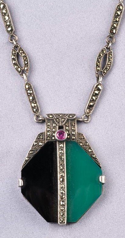 20s Art Deco Geometric Pattern Pendant Necklace