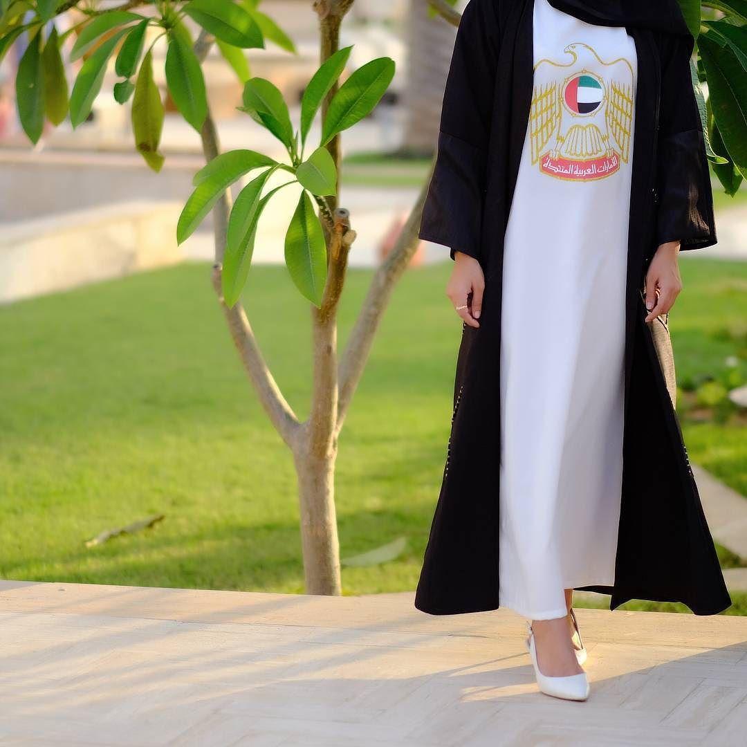 Repost Isnooh With Instatoolsapp 09 Zero Nine بنات الدريس وايد يناسب تلبسونه تحت العباية لاحتفالات يوم الوطني فالدوام و Abaya Designs Anime Baby Abaya