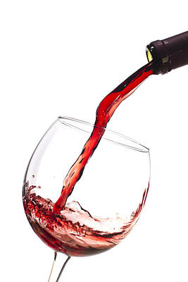 Wine Glass Photograph Red Wine Pouring Into Wineglass Splash By Dustin K Ryan Pouring Wine Wine Glass Drawing Wine Glass Photography