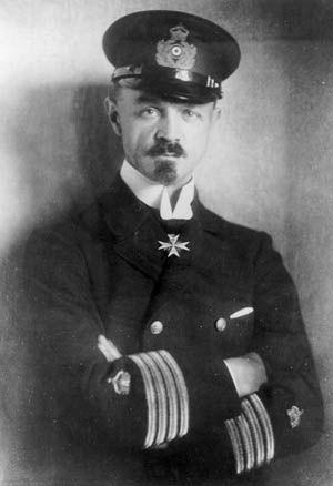 006 The German zeppelin night raids of WW1 inflicted terror on