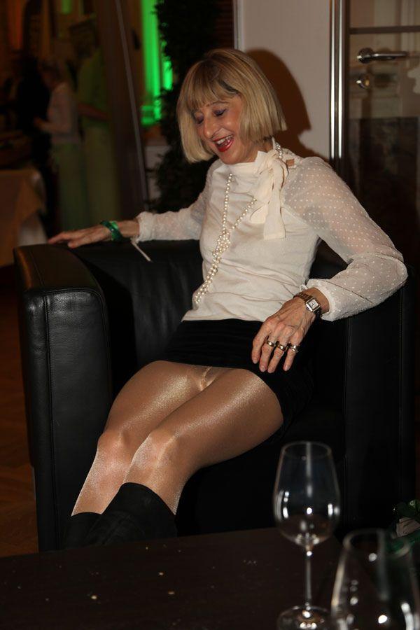 Bresee recommend Big black femdom feet