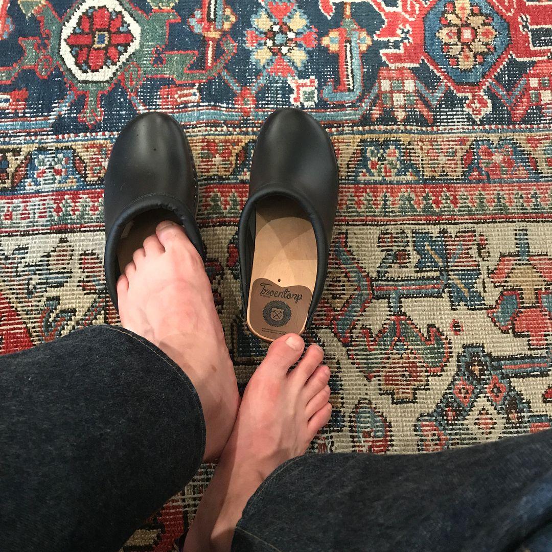 troentorp clogs on a cool rug clogs in 2019 clog sandals clogs barefoot men. Black Bedroom Furniture Sets. Home Design Ideas