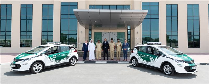 Chevy Bolt Ev Reports For Dubai Police Duty Chevy Bolt Police