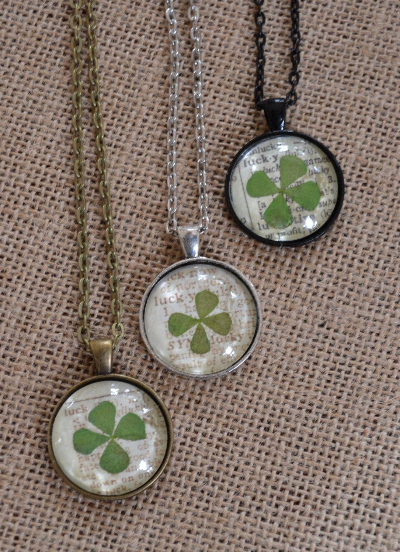 Green lucky shamrock necklace four leaf clover charm emerald green - Lucky 4 Leaf Clover Pendant Necklace