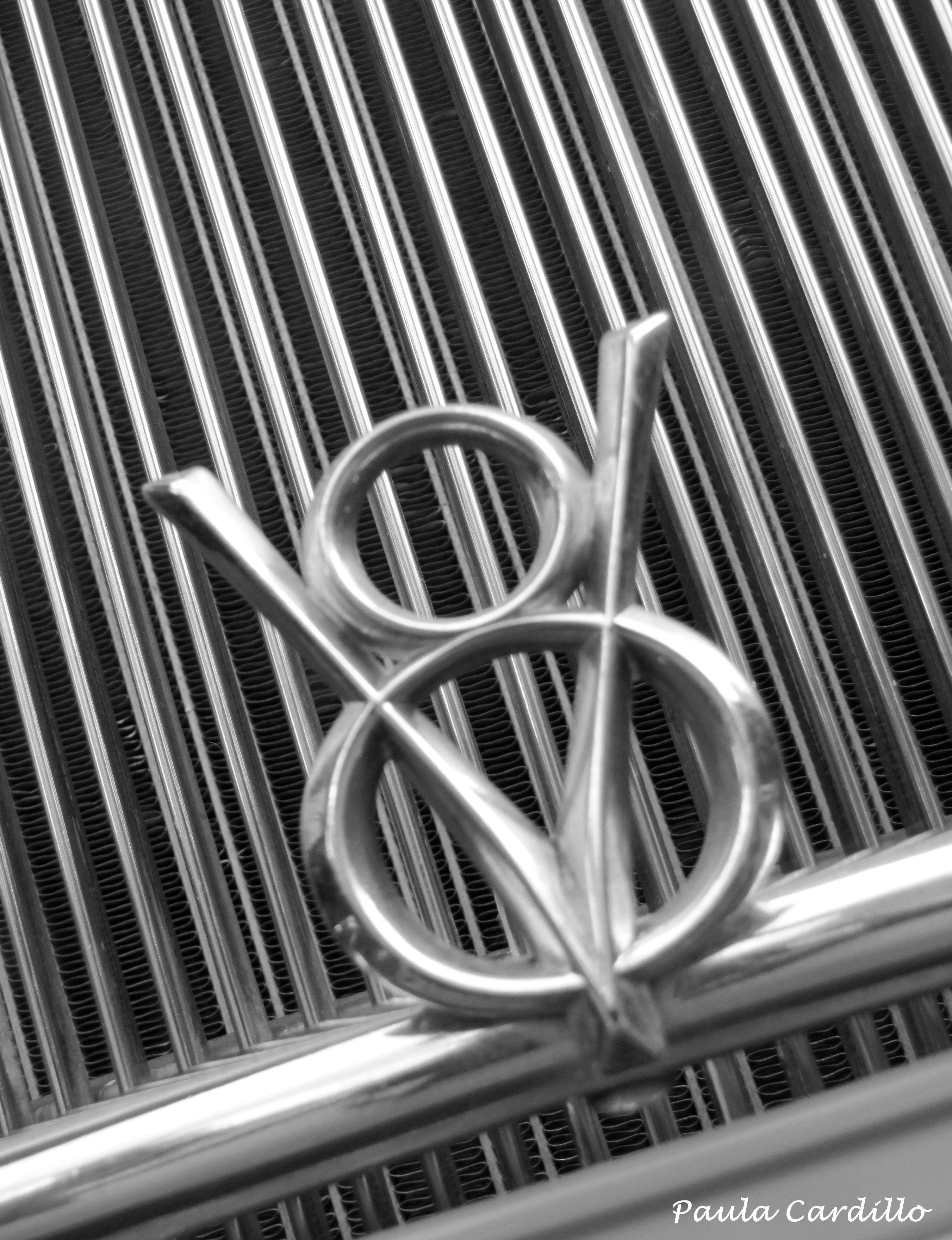 Old V 8 Ford Emblem With Images Ford Emblem Hood Ornaments