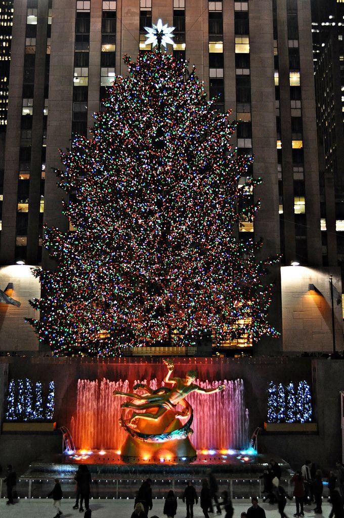 Merry Little Christmas 2011.Rockefeller Center Christmas 2011 Rockefeller Center
