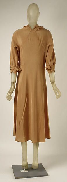 dress (image 2 - back)   Madeleine Vionnet   French   1931-32   silk   Metropolitan Museum of Art   Accession Number: C.I.44.64.23a, b