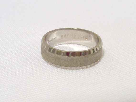 Vintage Jewelry 18KT HGE Band Ring Size 8 by wandajewelry2013