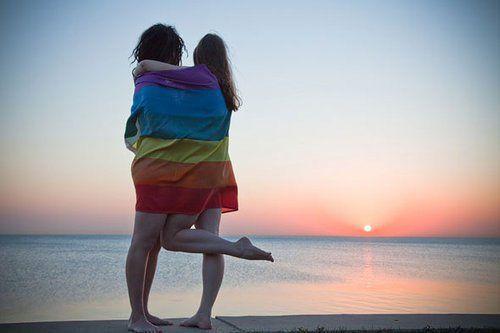 Zufälliger lesbischer Sex