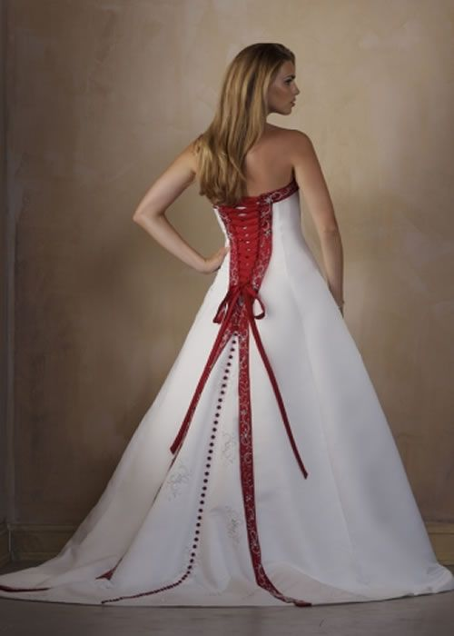 Red And White Wedding Dress Designs For Christmas Day Red Wedding Dresses White Strapless Wedding Dress Wedding Dress Bustier