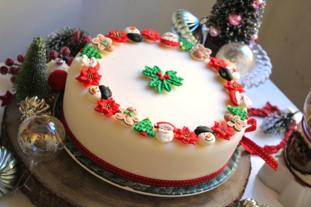 Christmas Cake Recipes Ideas Taken From Pinterest Live Enhanced Christmas Cake Christmas Cake Recipes Cake Recipes