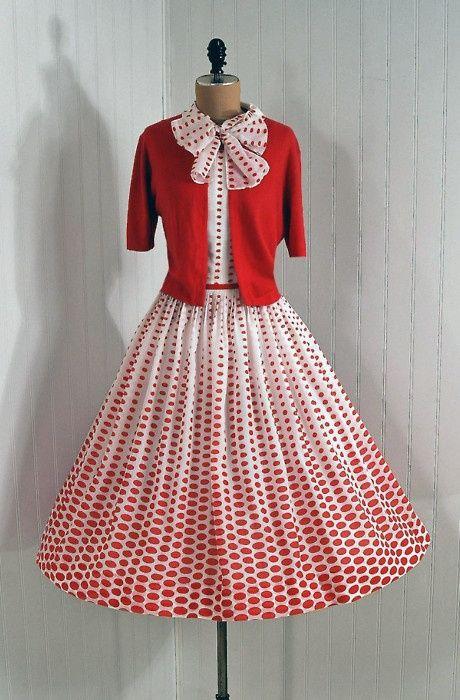 1950, vestidos de vuelo | Las Cosas de Mami | MODA AÑOS 50 ...