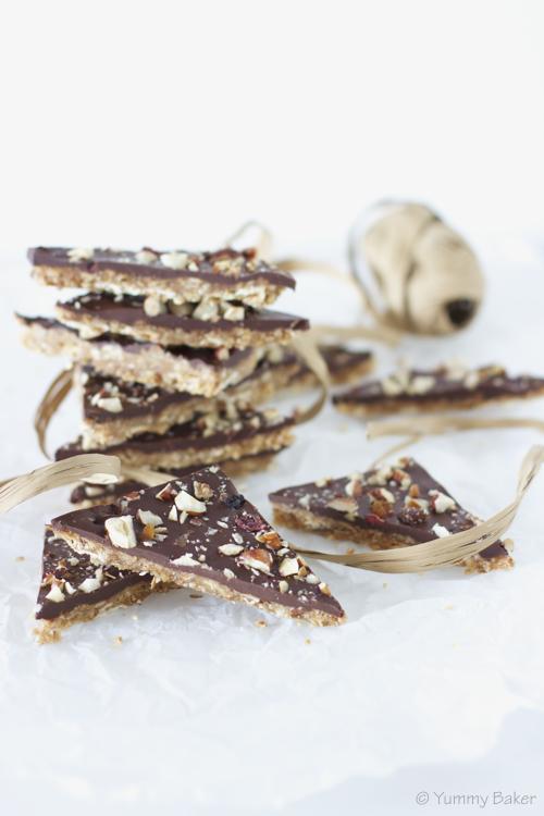 Rapeat suklaa-karamellikolmiot // Chocolate caramel crisps
