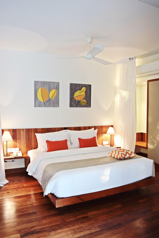 Best Pool Villa Main Bedroom Angkor Siemreap Cambodia Quiet 640 x 480