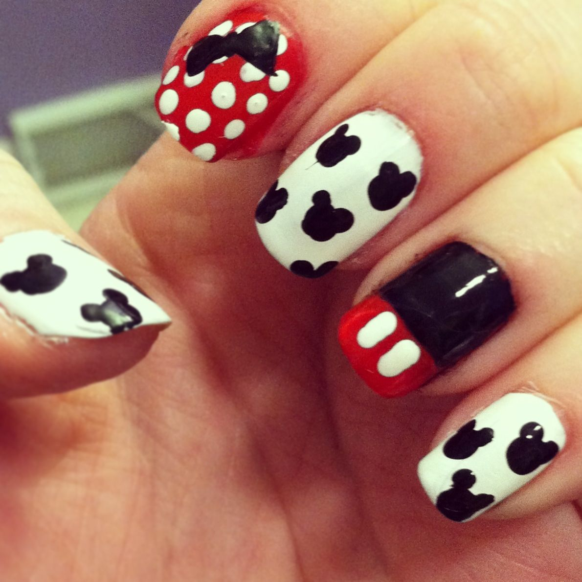Mickey/Minnie Mouse Nails | My Style | Pinterest | Diseños de uñas