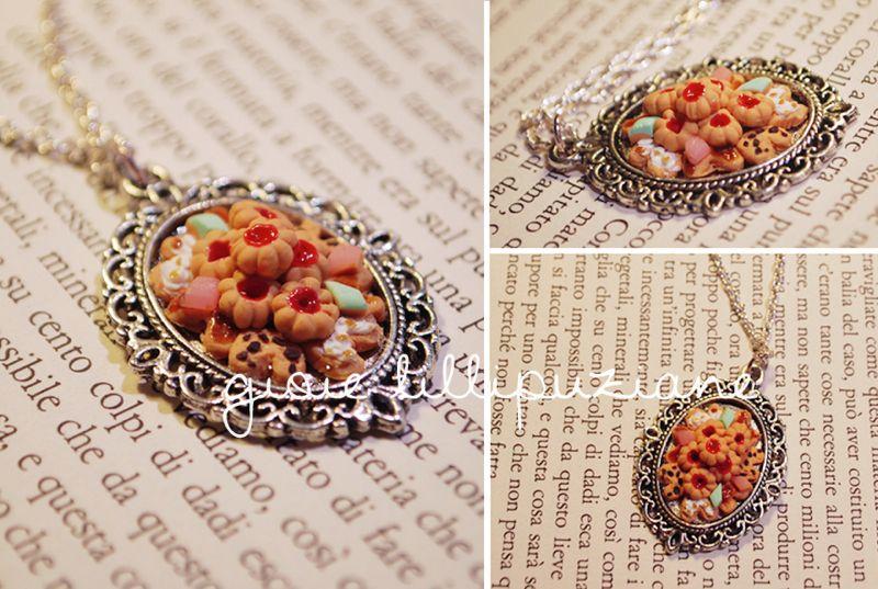 handmade necklace 'Petit patisserie'  http://sainsgioie.blogspot.it  http://www.facebook.com/GioieLillipuziane