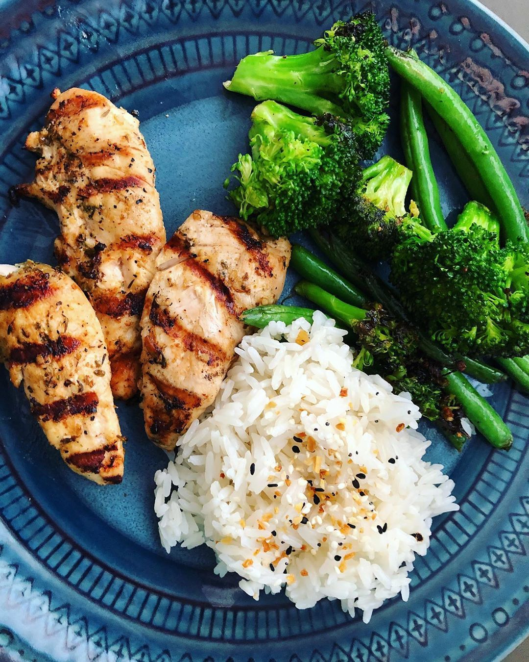 """Kelly on Instagram: """"simple dinners have been our go to lately. the last few weeks before school i'm always winging it! as long as you have a protein, veggies…"""" – Carey&CleanEatingS"""