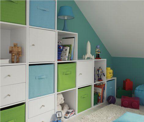 une salle de jeux bien ordonn e rangement astuce en 2019. Black Bedroom Furniture Sets. Home Design Ideas