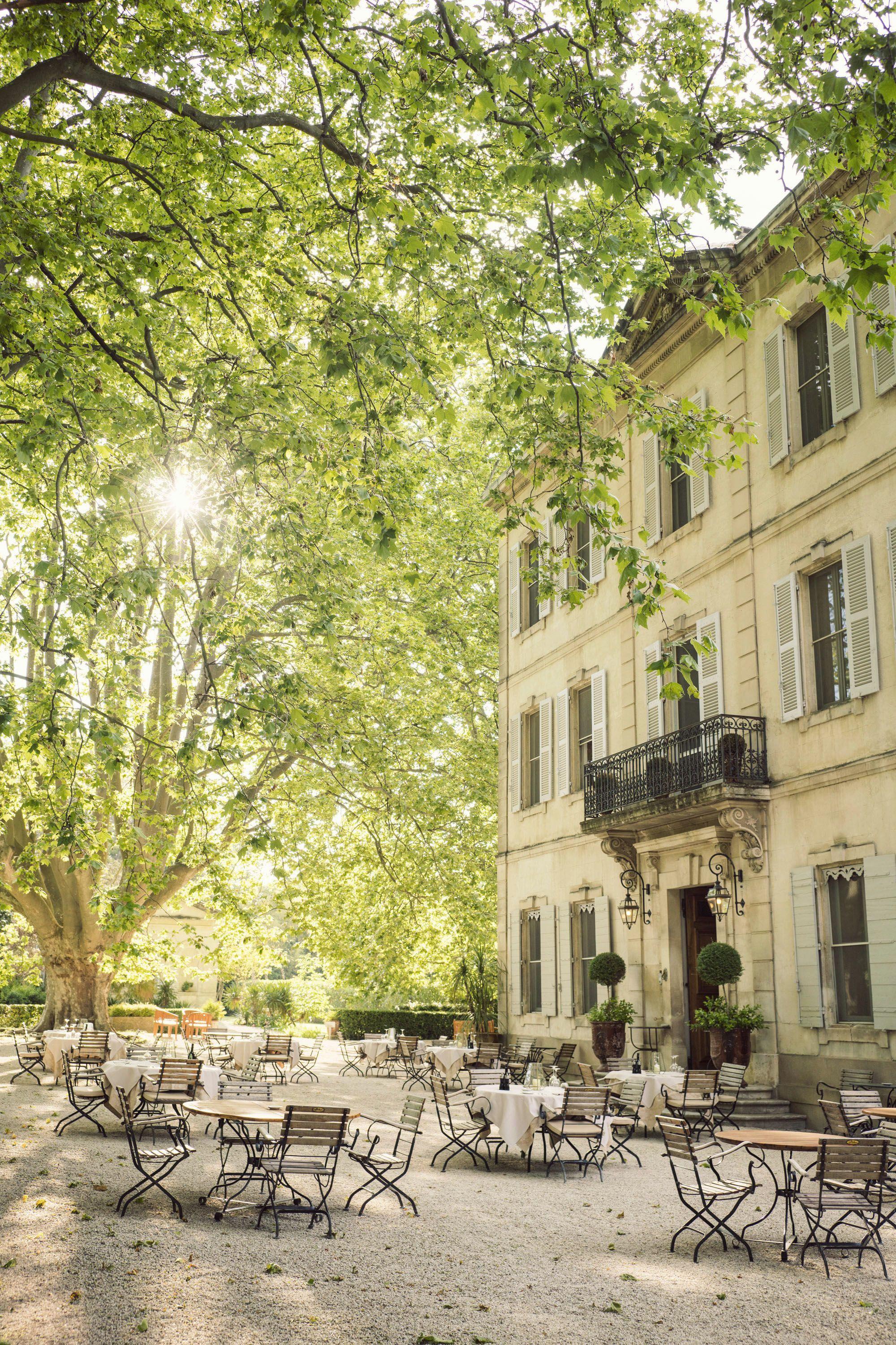 Places Château des Alpilles, St. Rémy de Provence