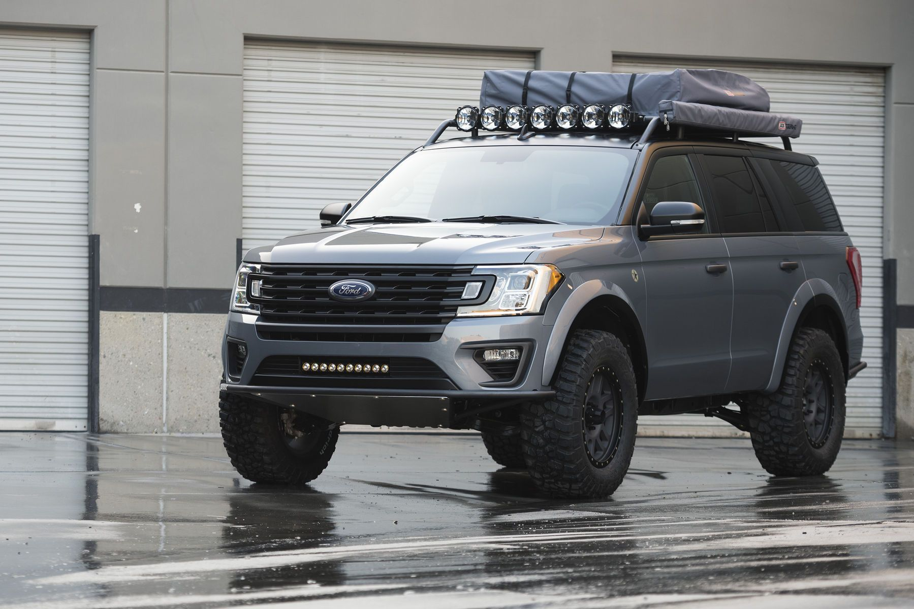 insane lifted ford expedition 2018 lge cts motorsports 2. Black Bedroom Furniture Sets. Home Design Ideas