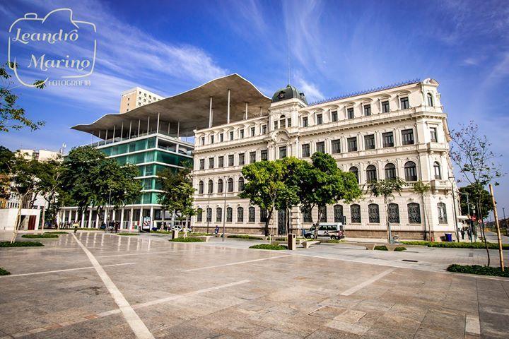 Ainda sobre ontem... Museu de Arte do Rio (M A R) :) Com suas ondas! :) - http://ift.tt/1HQJd81