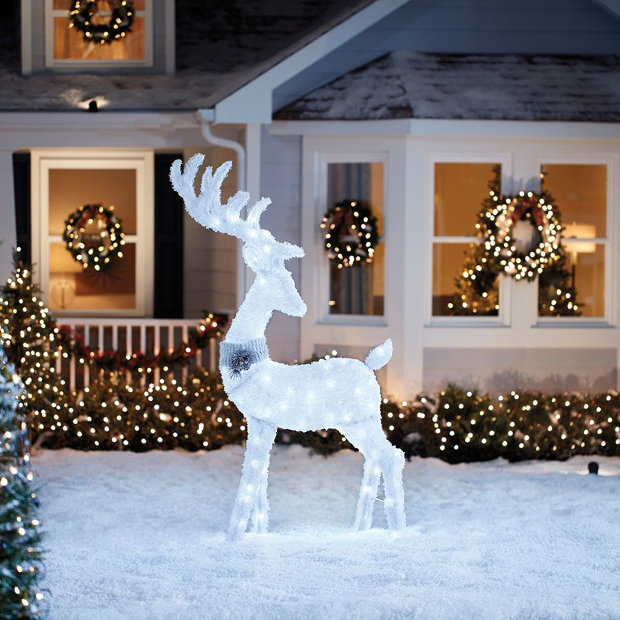 Holiday Living 5 33 Ft Freestanding Buck Sculpture With Constant