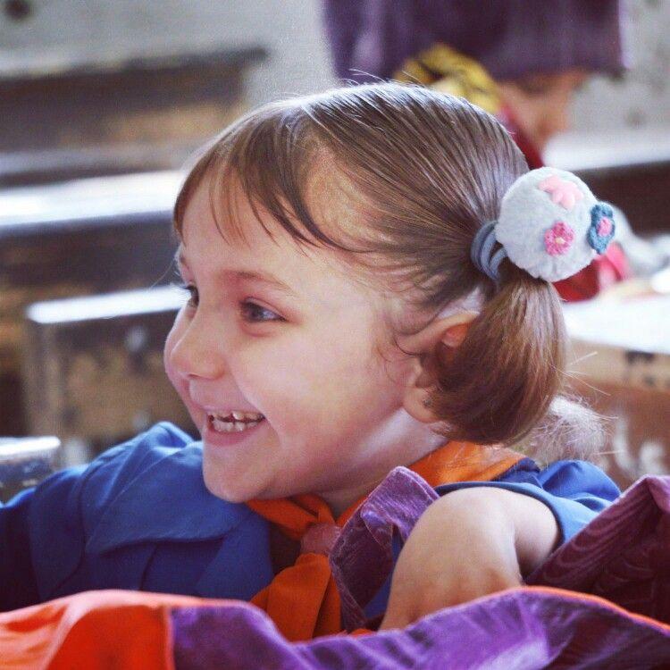 ما أجمل ابتسامة طفل حين تداعبها البراءة لتغرس في نفوسنا البهجة والسرور سوريا أطفال التعليم