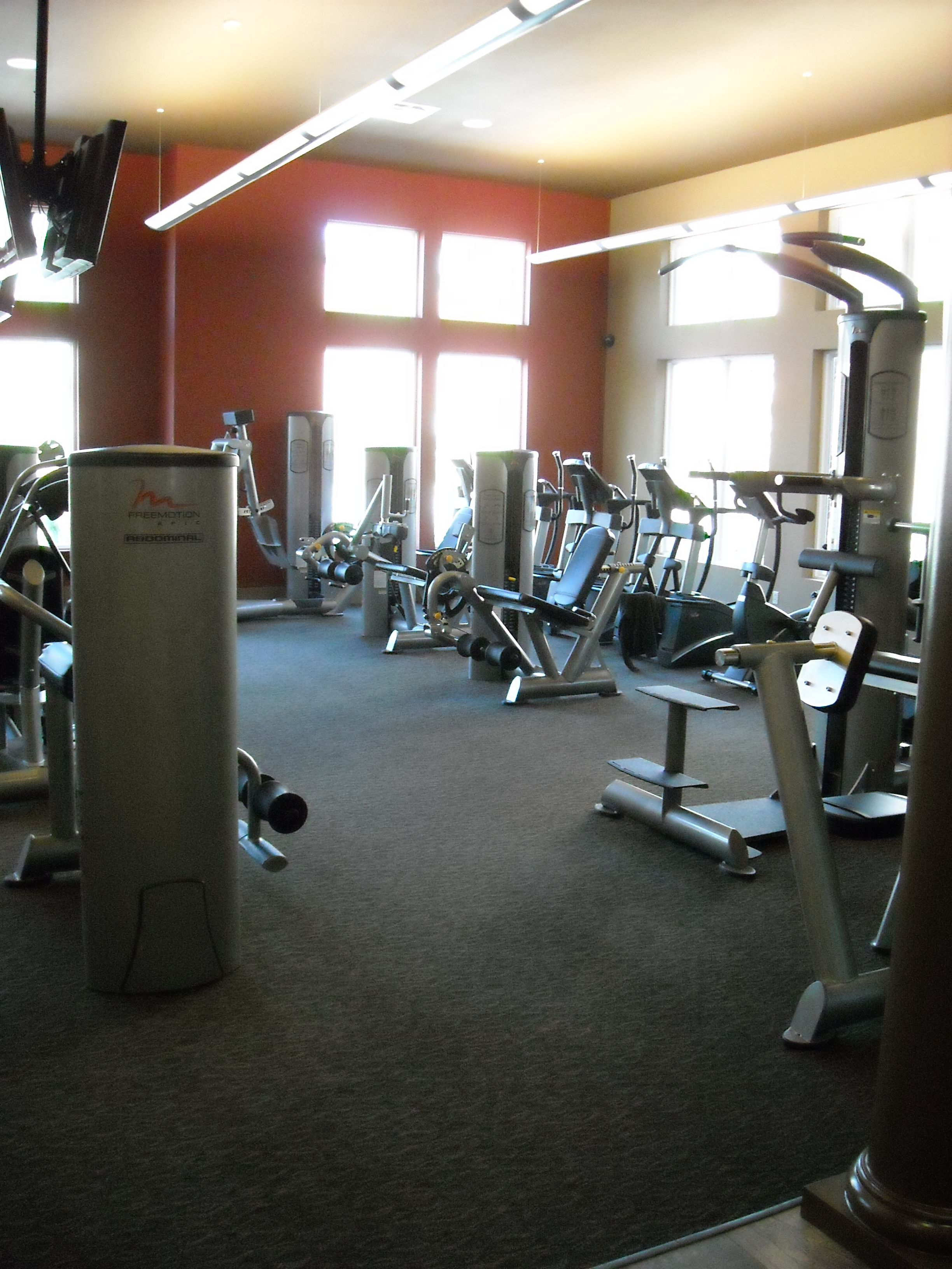24 Hour Workout Facility Broadmoor Hills Apartment Club House Resort Pools