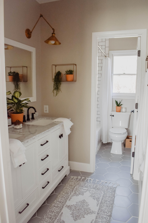 Modernen Boho Bad Renovieren  Salle de bain design, Salles de